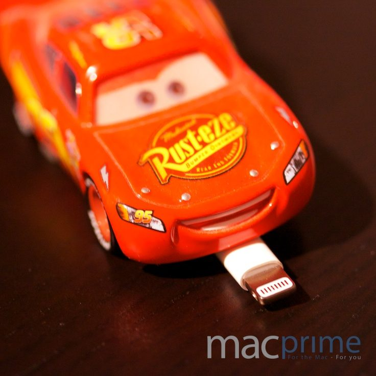 Pixars «Lightning McQueen» mit Apples Lightning-Anschluss
